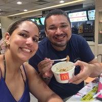 Photo taken at 麦当劳 McDonald's (茂业百货店) by Egidio F. on 6/8/2016