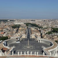 Photo taken at St. Peter's Basilica by Erng P. on 6/20/2013