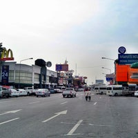 Photo taken at Motorway Service Center - Outbound by Awat E. on 10/14/2013