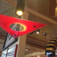 Photo taken at Red Robin Gourmet Burgers by Pat K. on 1/5/2013