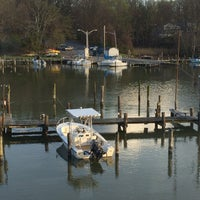 Photo taken at Deep Creek Restaurant and Marina by Morales22 .. on 4/18/2015