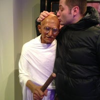 Photo taken at Madame Tussauds by Okan K. on 3/8/2013