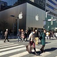 Photo taken at Apple Store by Takayoshi N. on 2/16/2013