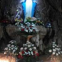 Photo taken at Gereja Katolik Kristus Raja by Mei L. on 11/14/2015