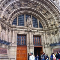 Photo taken at Victoria and Albert Museum (V&A) by Jungalist T. on 6/9/2013