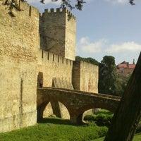 Photo taken at São Jorge Castle by Nati B. on 3/30/2013