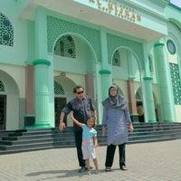 Photo taken at Masjid Agung Al-Hijrah by Nkquz Deu Bekpeker on 5/7/2016
