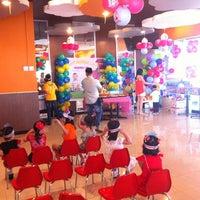 Photo taken at KFC by Wie X. on 10/28/2012