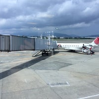 Photo taken at Gate 20 by Teddy on 8/17/2014