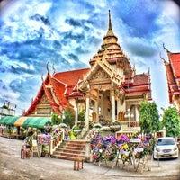 Photo taken at Wat Rouksudtharam by sila P. on 7/20/2014