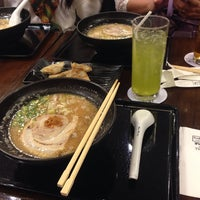 Photo taken at Chabuton Ramen by Pimmee Gourmet!! on 10/7/2014