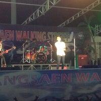 Photo taken at Bangsaen Walking Street by จุดเริ่มต้น ไ. on 5/11/2013