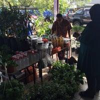 Photo taken at Pasar Seksyen 16 by farisha o. on 11/19/2016