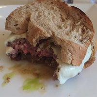 Photo taken at The Burger Custom Made by Renata A. on 1/5/2017