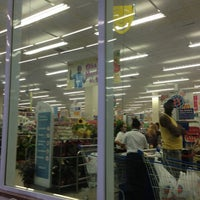 Photo taken at Supermercado Mundial by Lívia P. on 2/5/2013