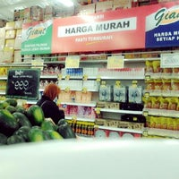 Photo taken at Giant Hypermarket by Maylia R. on 1/11/2013