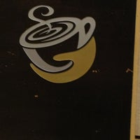 Photo taken at Gloria Jean's Coffees by Vero P. on 9/9/2013