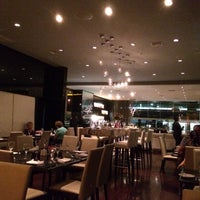 Photo taken at Restaurante Latitudes by Zubair (Зубаир) R. on 4/17/2014