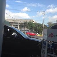 Photo taken at Gasolinera Picacho-Ajusco by JB B. on 7/6/2016