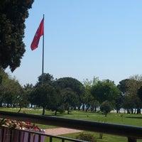 Photo taken at Fenerbahçe Orduevi by Cansu Ç. on 4/28/2013