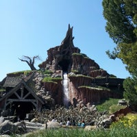 Photo taken at Splash Mountain by Steve Austin P. on 3/12/2013