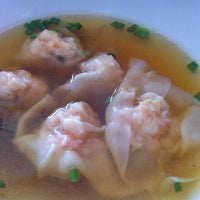 Photo taken at Mie Zhou by Harn D. on 10/8/2012