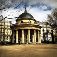 Photo taken at Parc Monceau by Bois H. on 4/9/2013