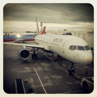 Photo taken at Gate B33 by Daniel V. on 5/6/2013