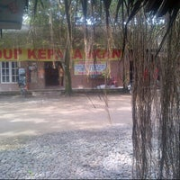 Photo taken at Pondok Ikan Bakar BM by Erukhie R. on 1/25/2013