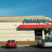 Photo taken at Bank Of America by Herb H. on 6/16/2016