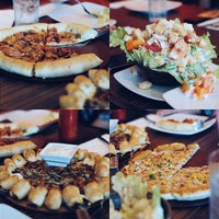 Photo taken at Pizza Hut by William D. on 4/1/2015