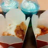 Photo taken at KFC by Feikenia N. on 4/25/2015