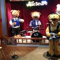 Photo taken at 테지움 TESEUM / Teddy Bear Safari by FWY on 5/1/2013