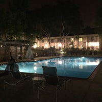 Photo taken at Sheraton Sunnyvale Hotel by Mrinabh D. on 4/26/2015