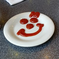 Photo taken at Johnny Rockets by Nicolas J. on 3/29/2013
