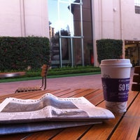 Photo taken at The Coffee Bean & Tea Leaf by Chuck W. on 9/24/2013
