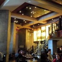 Photo taken at P.F. Chang's Asian Restaurant by Isaias P. on 1/9/2013