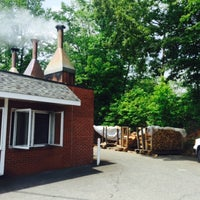 Photo taken at Lexington Barbecue by Lockhart S. on 5/7/2015