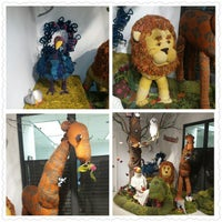 Photo taken at Lion Brand Yarn Outlet by Linh T. on 10/20/2014