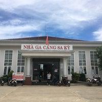 Photo taken at Cà Phê Phòng Vé Cảng Sa Kỳ by Steven L. on 9/26/2016