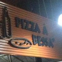 Photo taken at Pizza à Bessa by Luiz Gustavo R. on 4/5/2013
