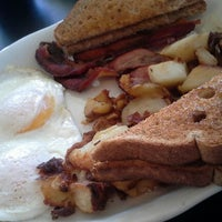 Photo taken at The cracked egg by Jodi H. on 12/22/2012