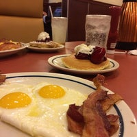 Photo taken at IHOP by Misael R. on 11/17/2013