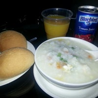 Photo taken at Mabuhay Lounge by Neil G. on 10/12/2012