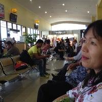 Photo taken at Bandara Sepinggan Balikpapan - Gate A6 by Rossalina B. on 4/26/2013
