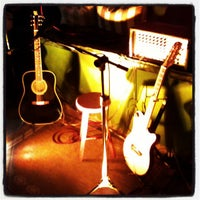 Photo taken at Quintal Restaurante, Bar e Lounge by Thiago L. on 4/18/2013