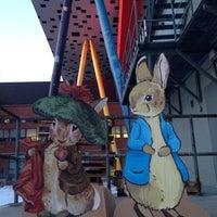 Photo taken at Aboveground Art Supplies by Maple D. on 1/23/2014