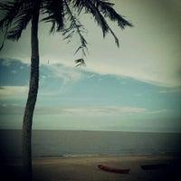 Photo taken at Praia do Chapéu Virado by Ludimilla R. on 2/21/2013