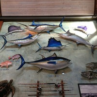 Photo taken at Bass Pro Shops Outdoor World by rafaneves on 3/26/2013