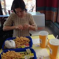 Photo taken at Burger King by SedatDiyeBiri on 4/17/2013